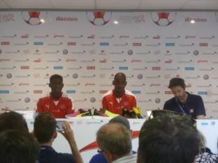 Die Ligue1-Spieler: Mubandje (links), Fernandes (in der Mitte).