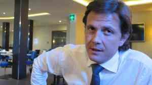 Der Hoteldirektor: Nicolas Bayard